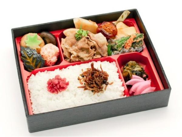老舗日本料理店の和牛すき焼き弁当